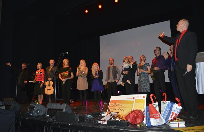 I slutet på galan när artister och stipendiater fick komma upp på scenen! :)