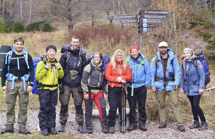 Ett gruppfoto innan vi skiljdes åt. Tyvärr fattas det 4 stycken som gick tidigare som inte är med på bilden.  Från vänster : Nils (grundaren av Outdrr), Linn, Tobias, Angeliqa, Helena, Thomas, Johan och jag.