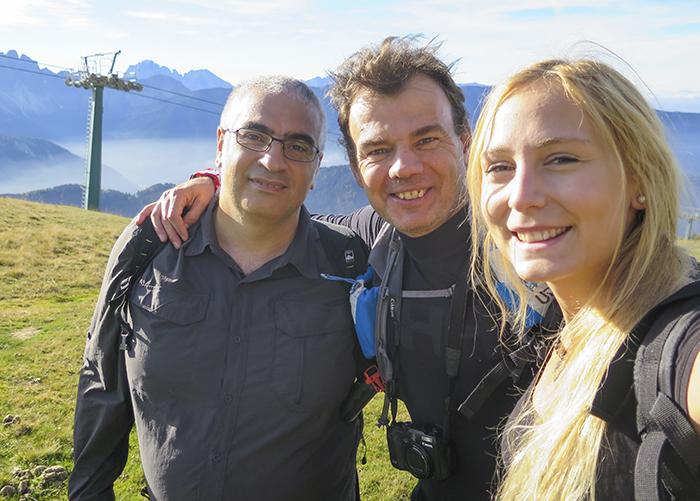 Under vandringen lärde jag känna två snälla spanjorer. Vi pratade om pilgrimsvandringen Santiago de Compostela och de gav mig lite tips.