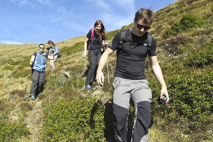 Sedan fortsatte vandringen nedåt bergen.