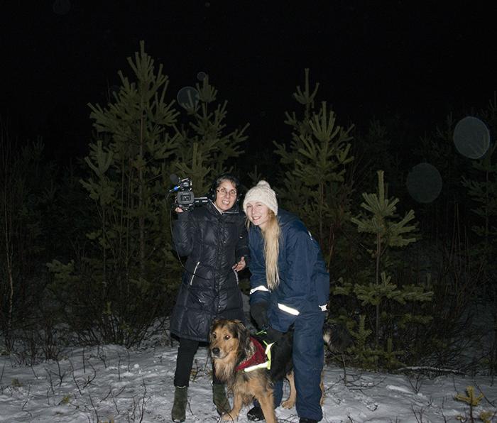 Ikväll var jag och Mitra ut i skogen en liten sväng.