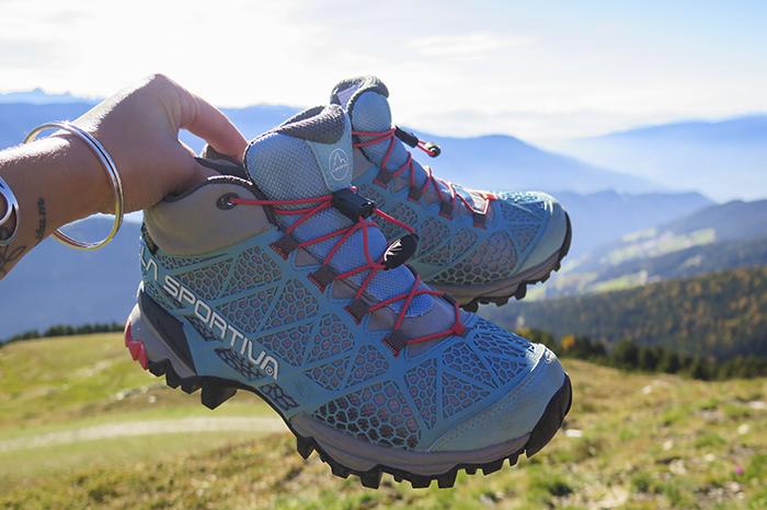 Skorna funkade bra hittills. De andades och höll fötterna torra precis som de lovades. Men de är gjorda för lätt terräng. Den är ju utformad mer som en joggingsko än en vandringskänga. För lätta vandringar är den perfekt!