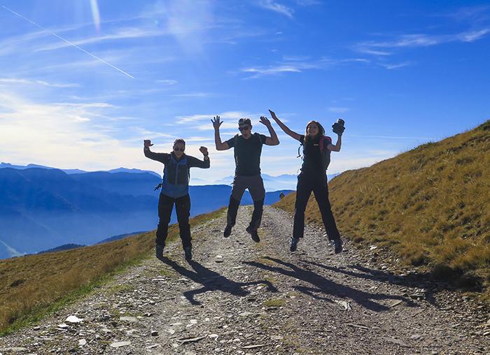 Vi fick några timmar att göra vad vi vill, så jag, Angeliqa, Shaun och Leanne fortsatte att vandra uppåt i bergen. Det var riktigt roligt :)